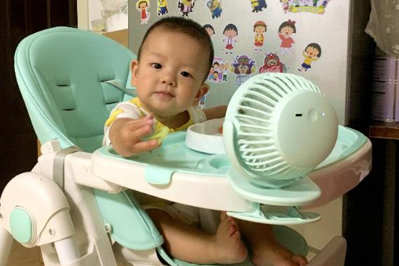 """婴儿车也能装""""空调"""",宝宝成为小区最靓的仔,素乐风扇F3"""