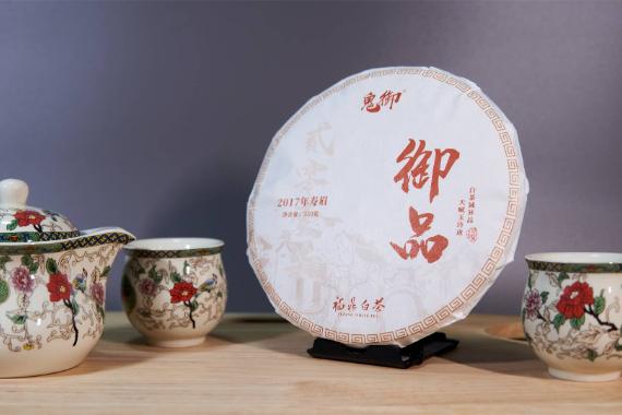 """制作工艺""""躺平""""的福鼎寿眉白茶,值得一试吗?"""