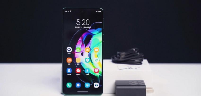 摩托罗拉最轻薄的5G手机续航究竟有多顶?摩托罗拉edge轻奢版上手体验